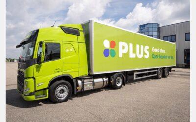 Zes nieuwe LNG-vrachtwagens voor PLUS